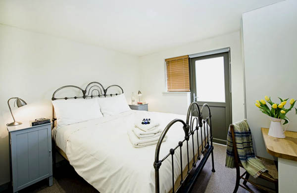 Double bedroom at Woodend